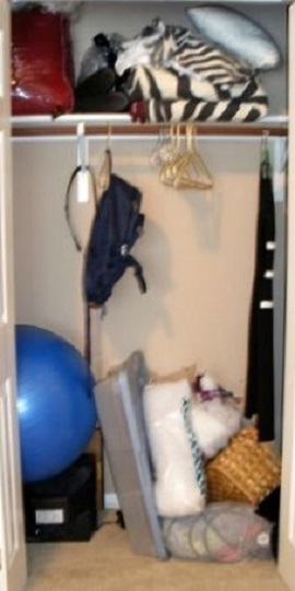 home-office-closet-before